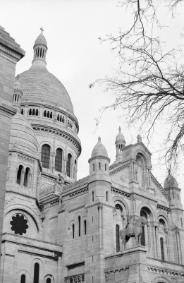 Basilique du Sacré Coeur, another magnificent structure.