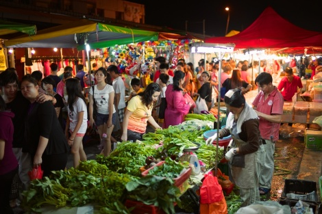 Night market is where you will find proper local Malaysian food!
