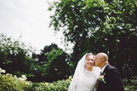Leica Wedding, London, Queen Mary's Rose Garden, Regents Park, Leica M240, Voigtlander Nokton 35mm 1:1.2 VM II ASPH
