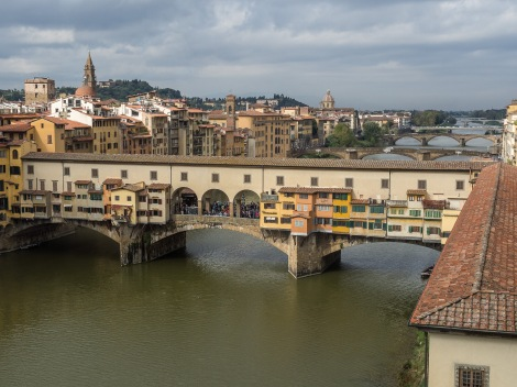 A slightly higher view of the famous Ponte Vecchio