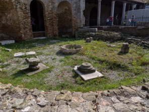 Here's some ruins of the ancient church.