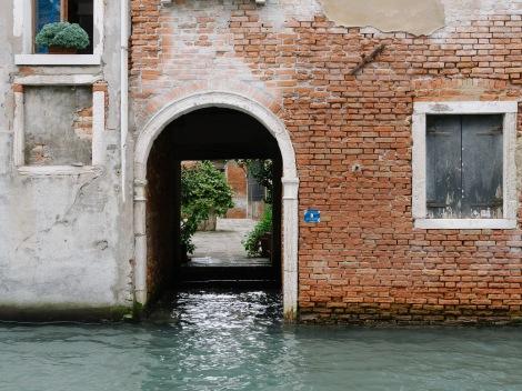 A little water entrance.