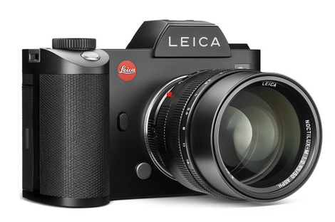 Leica SL is a monster. But it's no M ;)